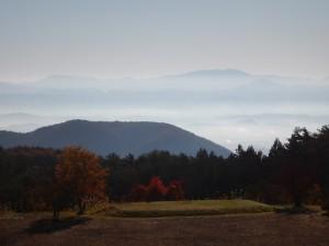 グループサイトのサテライトハウスから見た雲海